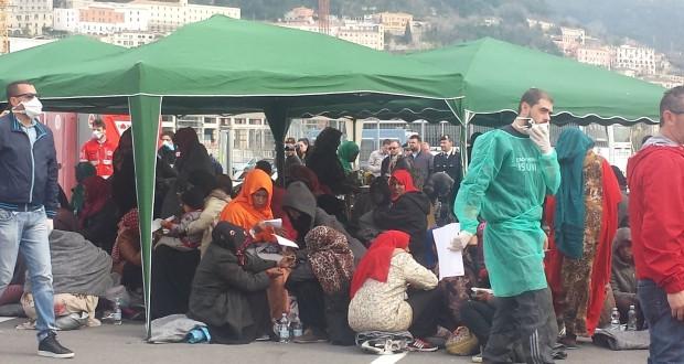 Immigrati sbarcati a Salerno